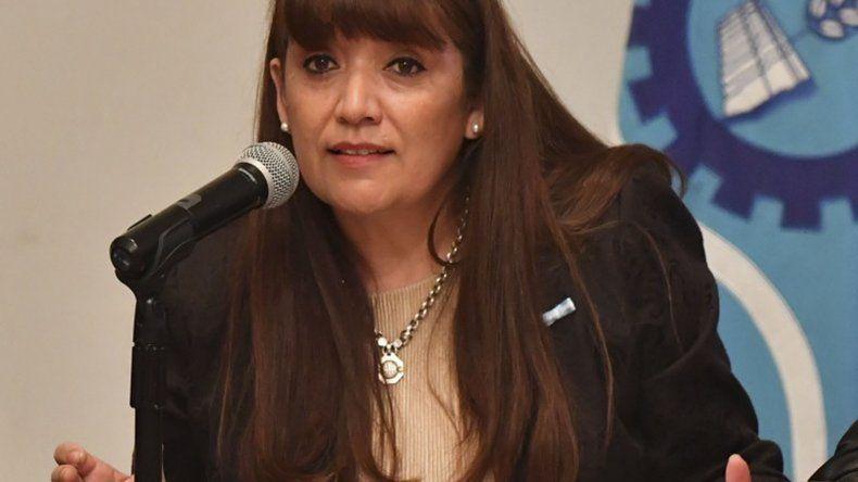 La ministra Cigudosa considera que aún hay tiempo para recuperar contenidos.