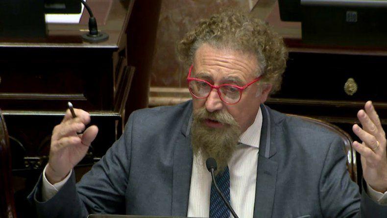 Luenzo denunció el vaciamiento que  están sufriendo los medios públicos