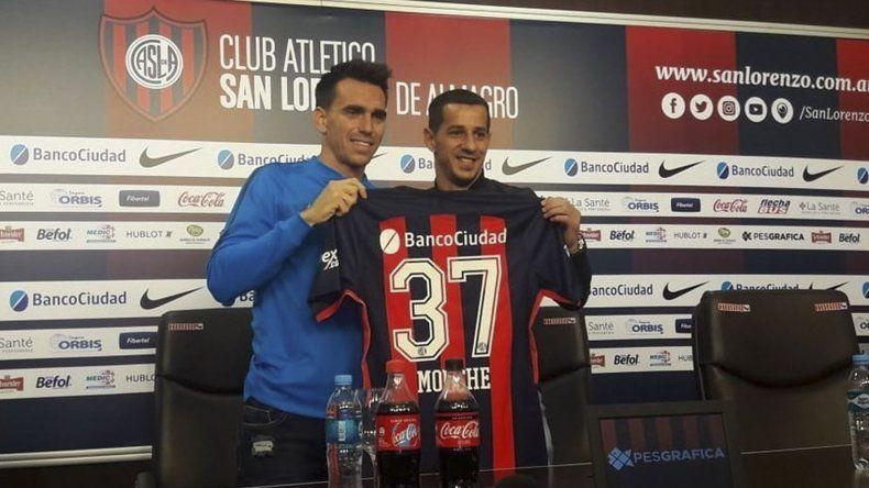 Pablo Mouche junto a Leandro Romagnoli