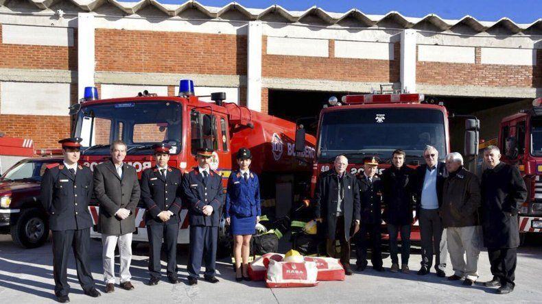 Bomberos Voluntarios puso oficialmente en funcionamiento ayer su nuevo Cuartel Central en Yrigoyen y Estados Unidos.