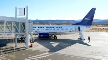Avión de Aerolíneas tuvo problemas en tren de aterrizaje