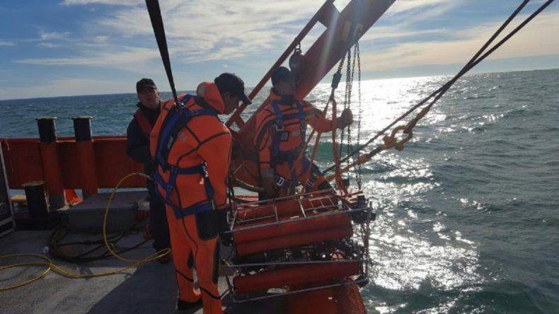 Robot subacuático detectó el contenedor de balsas salvavidas