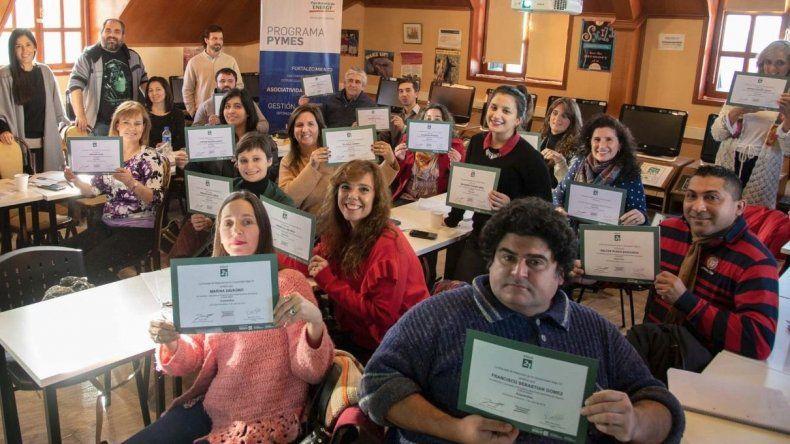 Son más de 30 los emprendedores que participaron de la nueva capacitación.