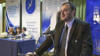 El rector de la Universidad ya está preocupado por el recorte anunciado por Macri.
