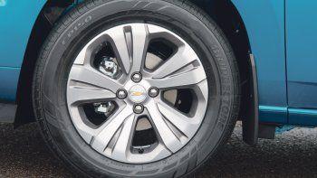 chevrolet spin: redobla la apuesta en vehiculos familiares