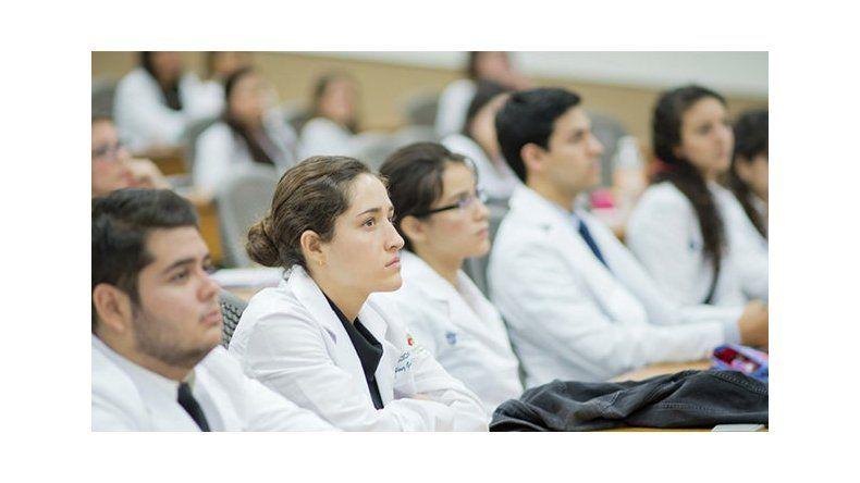 Salud convoca a cubrir cargos  en las Residencias Médicas 2018