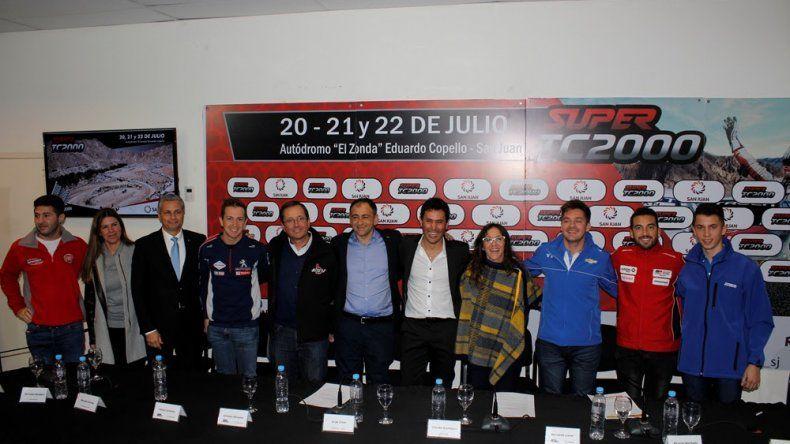 La presentación oficial de la sexta fecha del Super TC2000 se realizó el jueves al mediodía en el estadio Aldo Cantoni de San Juan.