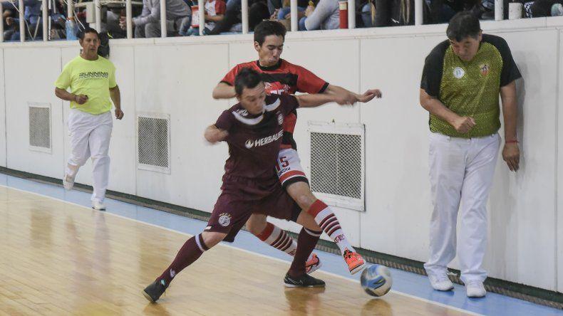 El torneo Apertura de fútbol de salón continuará esta tarde con una nueva fecha de la fase clasificatoria.