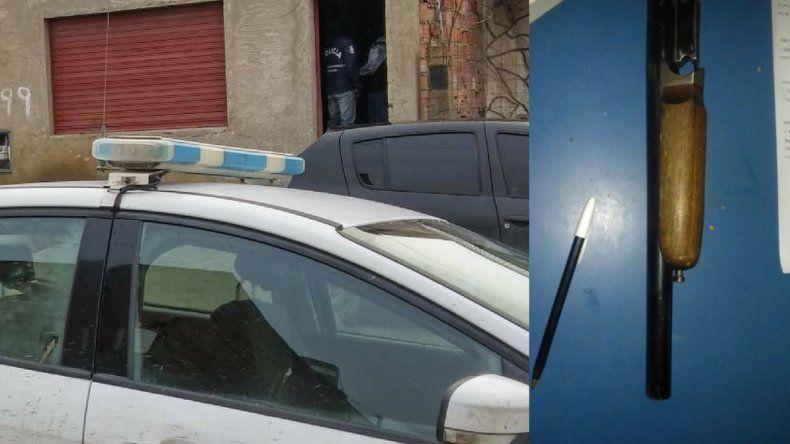 Allanaron dos viviendas en el Ceferino: secuestraron una tumbera y cartuchos