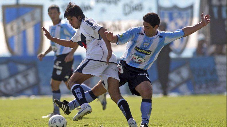 Guillermo Brown de Puerto Madryn irá esta tarde en cancha del Deportivo Morón por su pase a los dieciséisavos de final de la Copa Argentina.