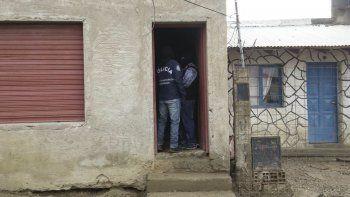 La Brigada secuestró ayer un arma tumbera en un domicilio del barrio San Cayetano.