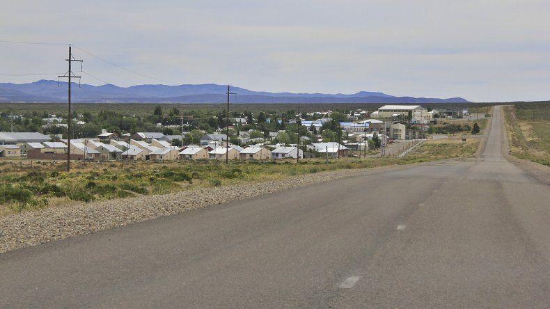 Un poblador de Paso de Indios sostiene  que sus habitantes no están capacitados para poder obtener empleos en la minería