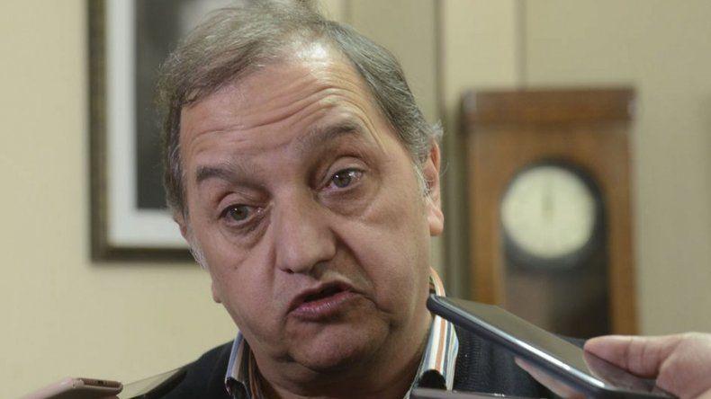 El intendente Carlos Linares sostuvo que bajo ningún punto de vista la Patagonia puede aceptar otro recorte.