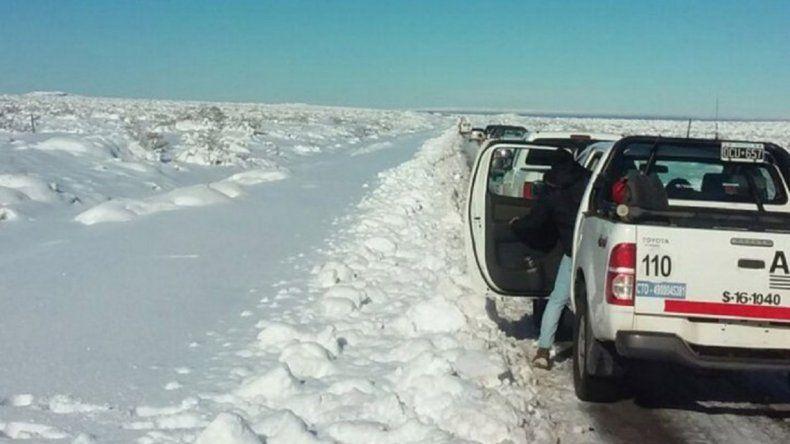 Neuquén: rutas bloqueadas por la intensa cantidad de nieve