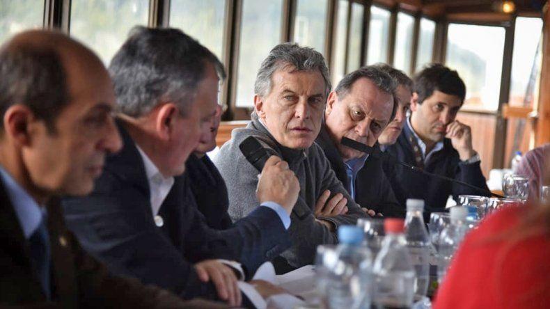 Macri sobre el conflicto mapuche: no se pueden apropiar de lo que no les pertenece
