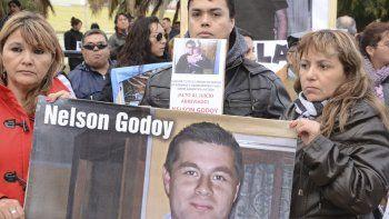 Familiares y amigos del cabo Nelson Godoy siguen reclamando justicia para él a seis años de su asesinato.