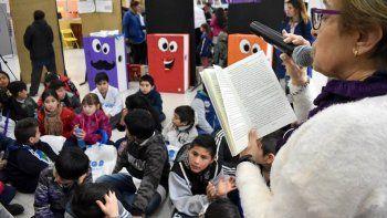 Los niños y adolescentes contarán con múltiples actividades para disfrutar en la Feria del Libro de Comodoro Rivadavia.
