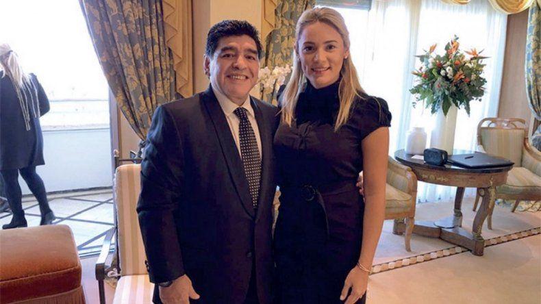 Se casan Diego Maradona y Rocío Oliva