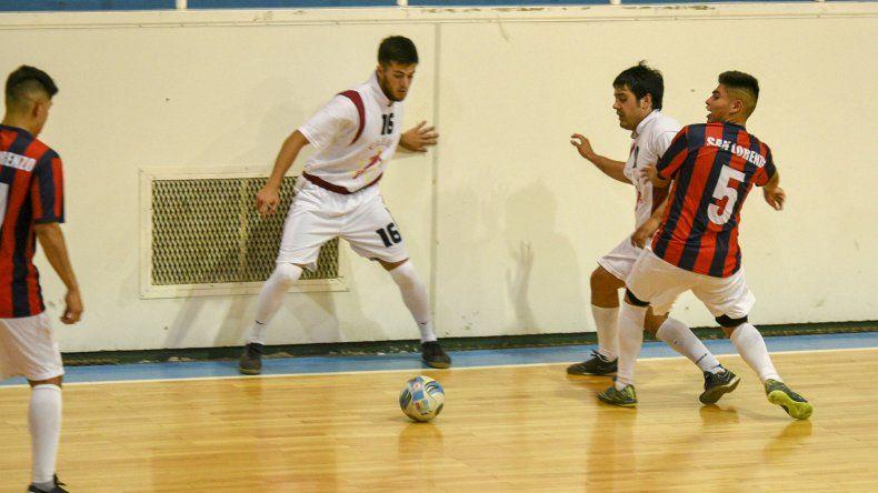 El fútbol de salón oficial disputó una nueva fecha del torneo Apertura.