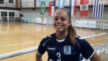Con la selección argentina de balonmano, Clara fue subcampeona sudamericana de Menores, mientras que en el Panamericano obtuvo la medalla de bronce.