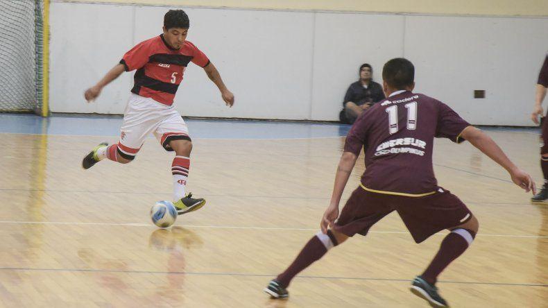 El fútbol de salón de Comodoro Rivadavia continuará este fin de semana con más partidos del torneo Apertura.