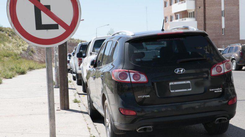 En seis meses se labraron más de 6.400 multas por estacionar mal