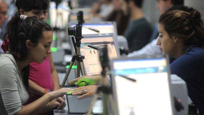 Renovar el DNI  y el pasaporte costará el doble