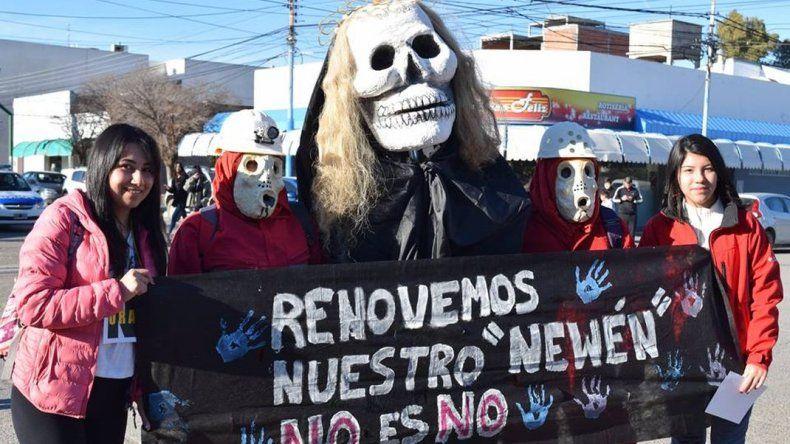 Un millar de personas se movilizaron en contra de la zonificación minera