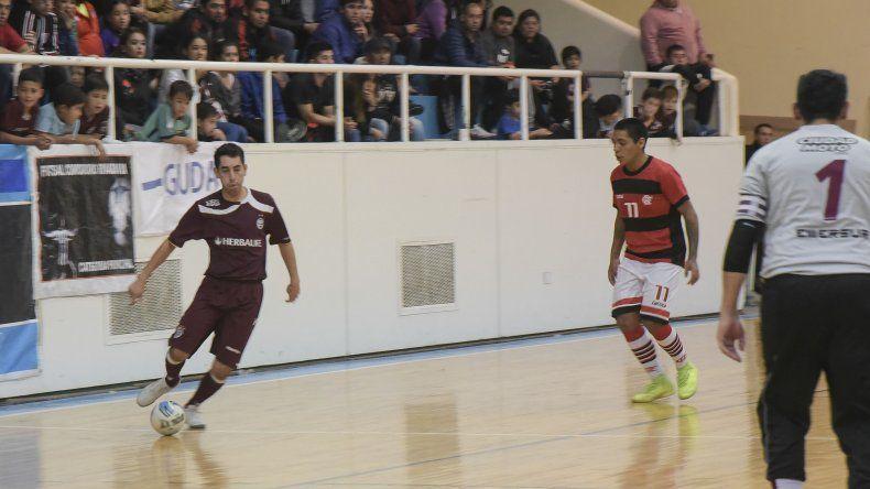 El torneo Apertura de fútbol de salón disputó un intenso fin de semana con partidos en sus diferentes categorías.
