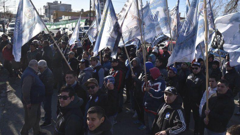 Los manifestantes bloquearon la calle José Hernández
