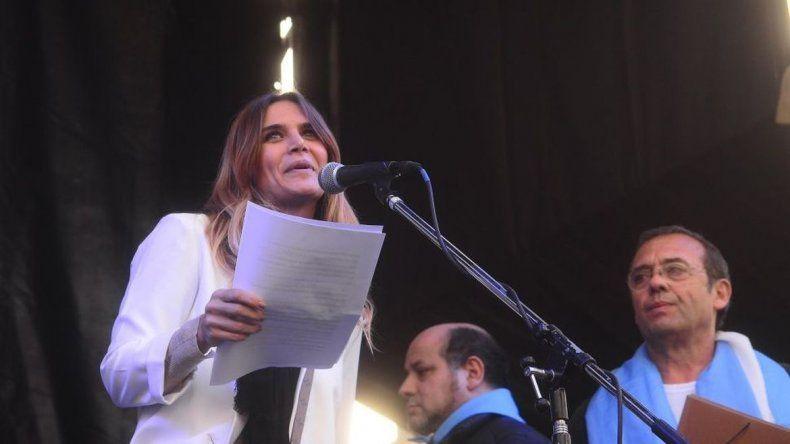 Otro polémico tuit de Amalia Granata para cuidar las dos vidas