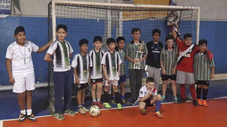 La Escuela de Fútbol Infantil de la CAI coronó a sus campeones