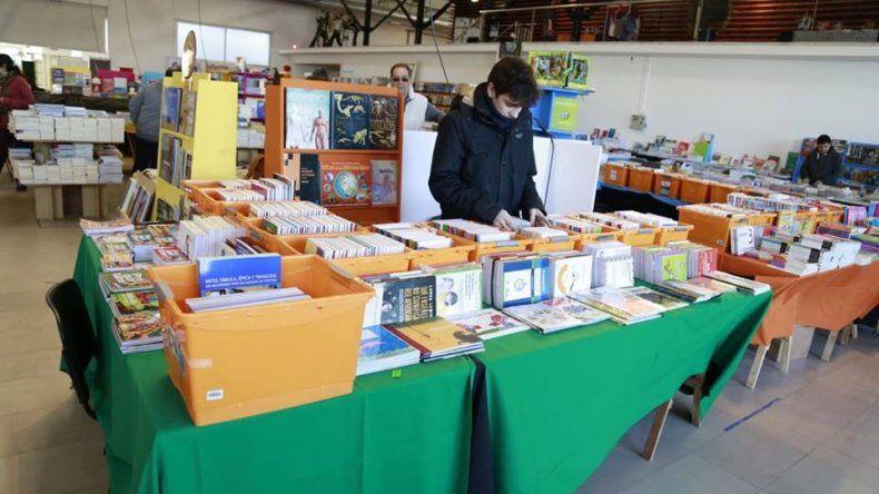 Con gran éxito se desarolla la Feria de Libro 2018 en Comodoro