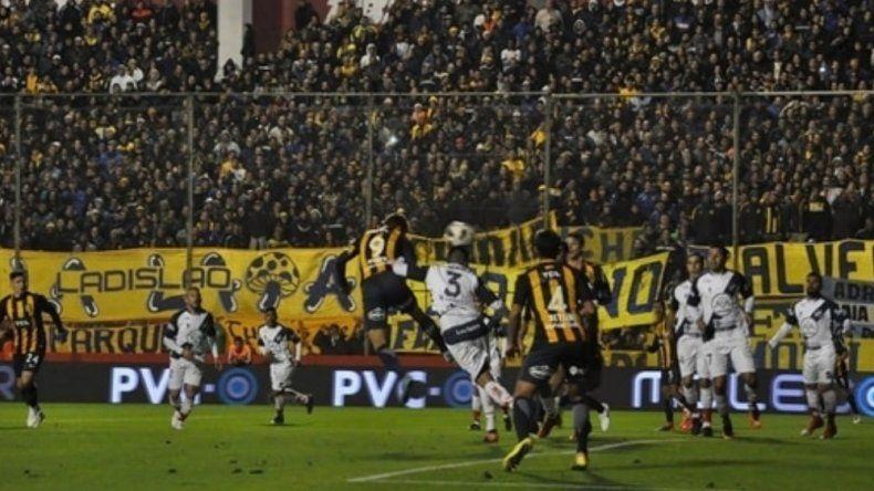 Otra goleada: Rosario Central aplastó a Juventud Antoniana