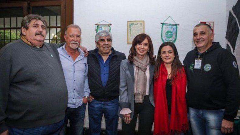 Con Cristina, nos acercó las políticas del gobierno de Macri