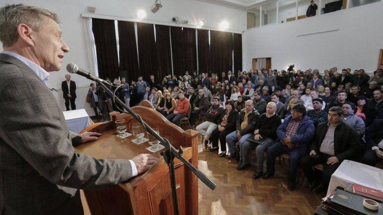 Chubut fue la única provincia que presentó un amparo por la rebaja en asignaciones familiares