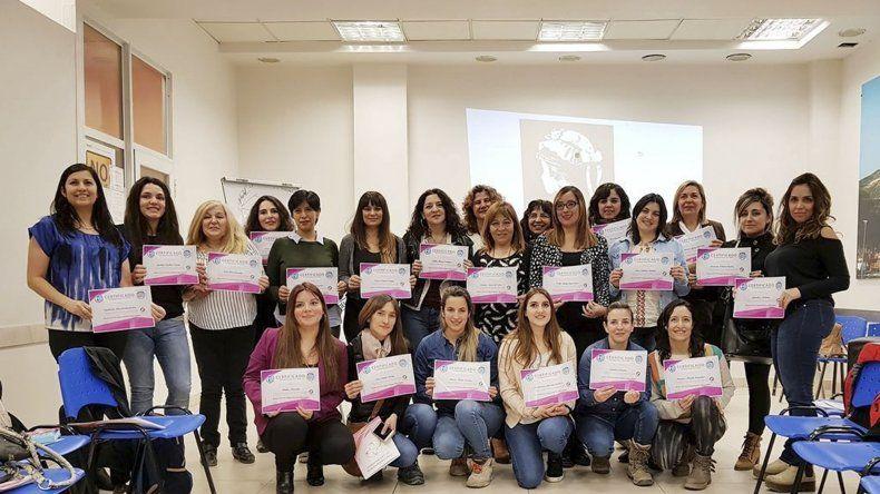 Afiliadas a Petroleros Jerárquicos participaron  en el curso Empoderamiento de la Mujer