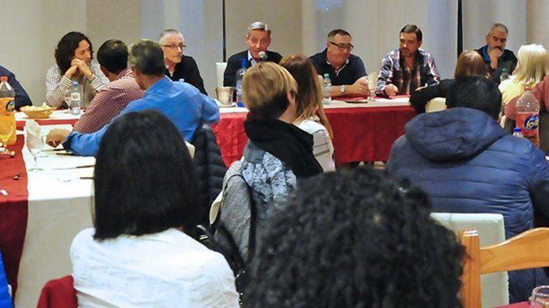 El gobernador instó a diputados y concejales a  trabajar por un proyecto común de provincia