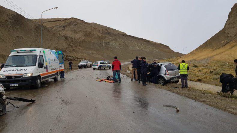 Heridos tras choque frontal en el camino Centenario