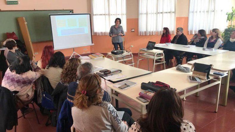 En Chubut se designaron 39 establecimientos de Primaria y Secundaria para brindarles acompañamiento en las áreas de Lengua y Matemática.