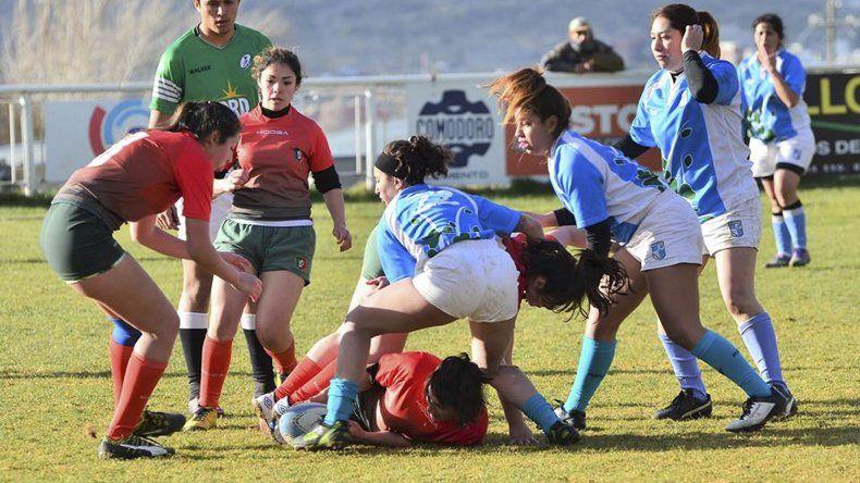 El rugby femenino busca su merecido lugar