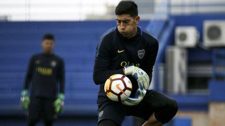 Esteban Andrada hará esta noche su debut oficial en el arco de Boca Juniors.