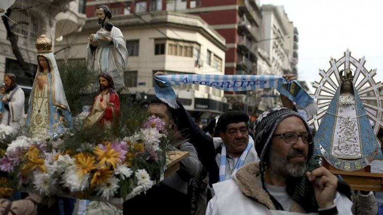 La movilización por San Cayetano sirvió para volver a plantear la situación de crisis económica que atraviesa la sociedad argentina.