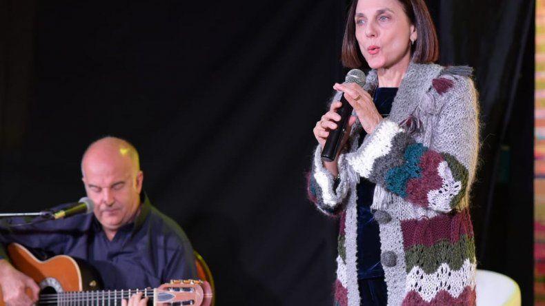 Silvina Chediek y Esteban Morgado presentaron con Letra y Música