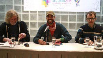 Osvaldo Aguirre -derecha- junto a Andrés Cursaro y Diego Ravenna.