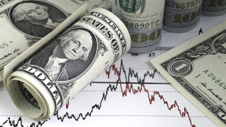 El dólar bajó por tercer día  seguido en bancos de la City