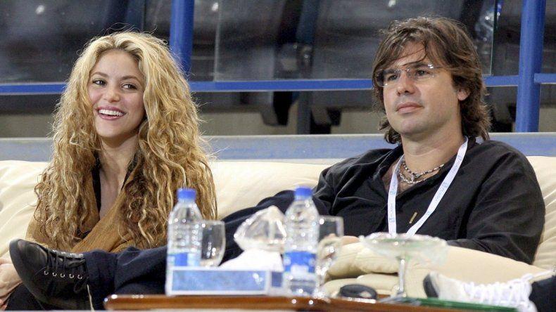 Shakira y un error que revela que le fue infiel a Antonio De la Rúa con Piqué