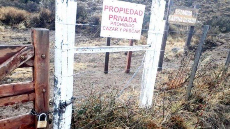 Magnate italiano bloqueó el acceso al Lago San Martín
