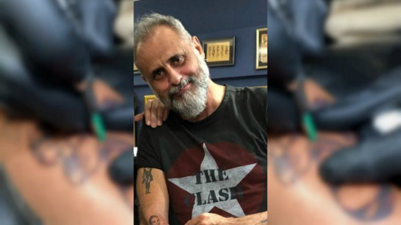 Polémico: ¿qué se tatuó Jorge Rial?