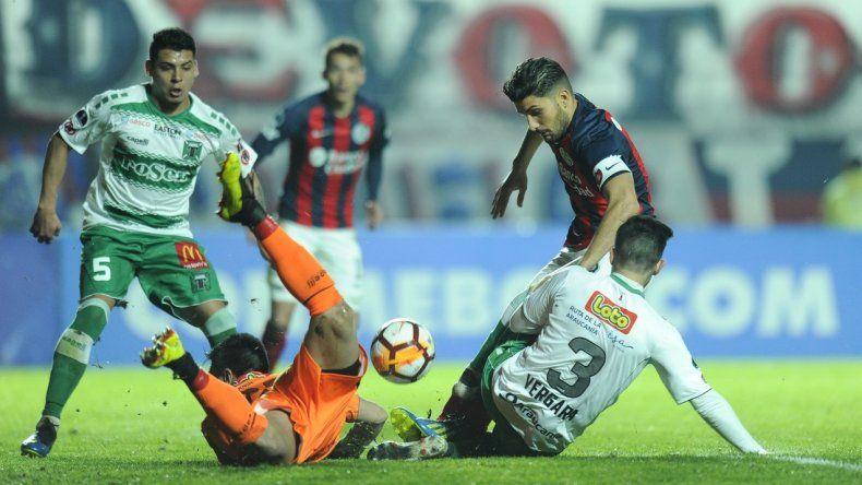 San Lorenzo perdió como local en la ida